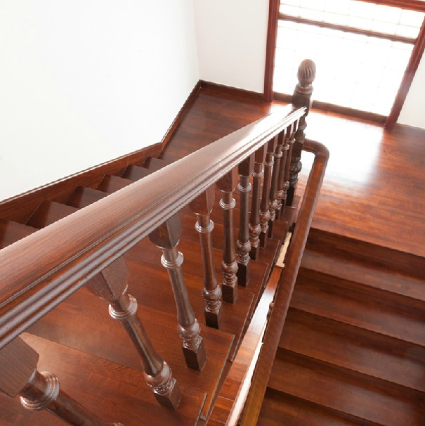 实木楼梯踏步板 阁楼复试别墅楼梯