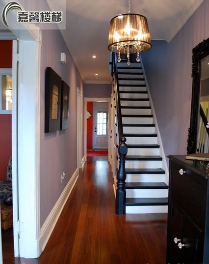 北京楼梯玻璃扶手 阁楼楼梯 别墅楼梯设计 实木楼梯踏步板