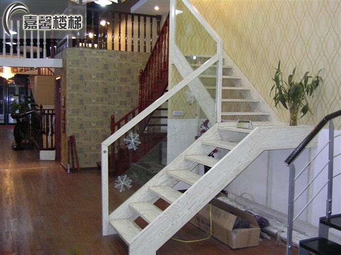 十大品牌楼梯 北京品牌楼梯店面直销 橡木楼梯直销